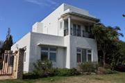 House, 17 Hovea Crescent